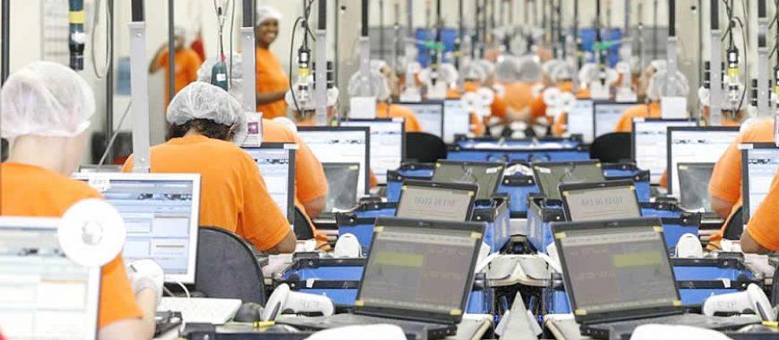 Governo revoga isenção fiscal para computadores, smartphones e tablets produzidos no país